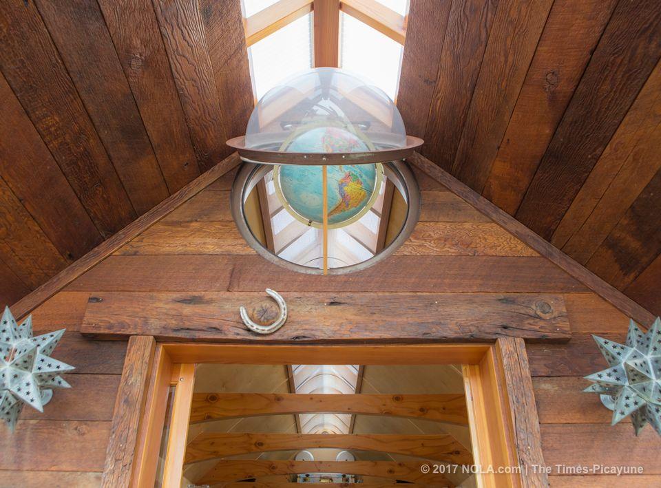 NOMAD Globe